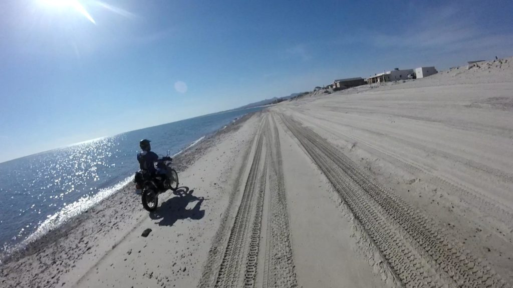 day-3-riding-on-beach-4-mp4_snapshot_03-18_2016-10-30_20-01-56